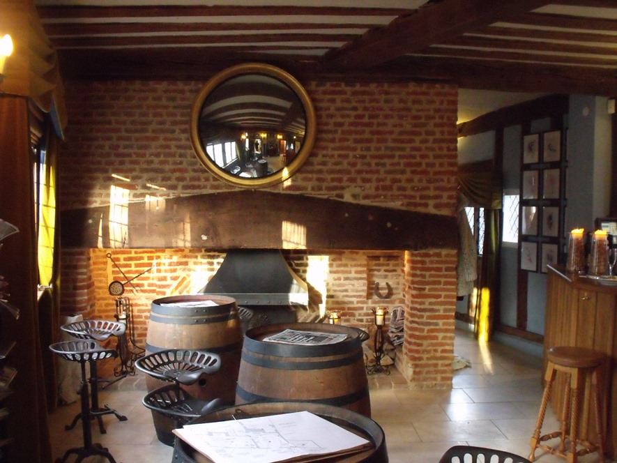 Change of use of a Grade 1 Listed property from Residential to a Kitchen restaurant & Bar, Lavenham, Suffolk.